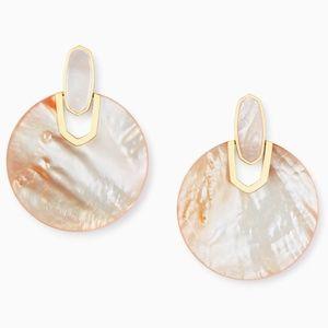 Kendra Scott Didi Gold Earrings, Peach Pearl